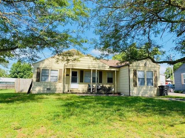 1617 S Rogers Avenue, Bartlesville, OK 74003 (MLS #925229) :: Homestead & Co