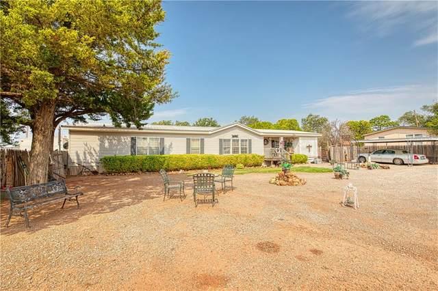 805 N Electra Street, Sayre, OK 73662 (MLS #925371) :: Keri Gray Homes