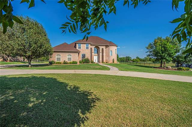 204 S Riverside Drive, Moore, OK 73160 (MLS #925396) :: Your H.O.M.E. Team