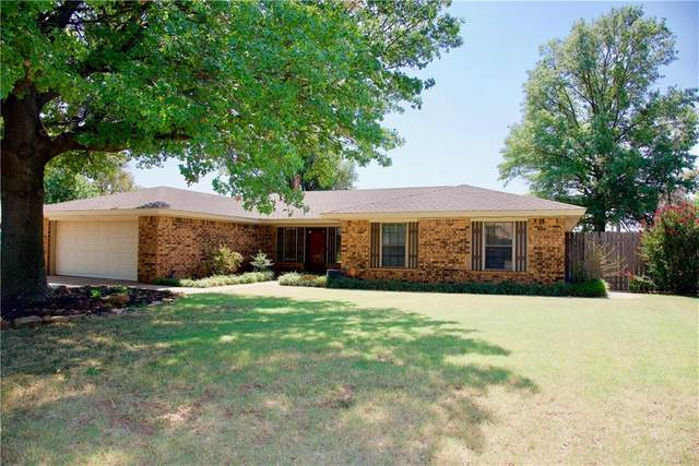 1424 Plains Avenue, Weatherford, OK 73096 (MLS #926195) :: Keri Gray Homes