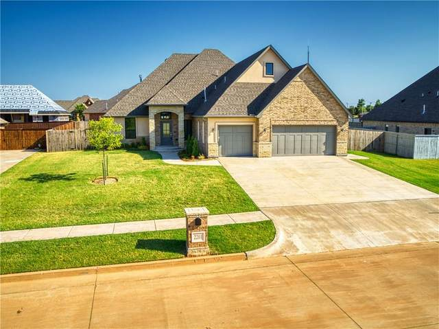 2201 W Beaver Point Drive, Mustang, OK 73064 (MLS #926712) :: Homestead & Co
