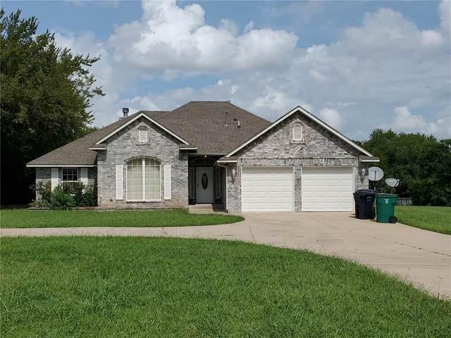 1813 NE 67, Oklahoma City, OK 73111 (MLS #926829) :: The UB Home Team at Whittington Realty