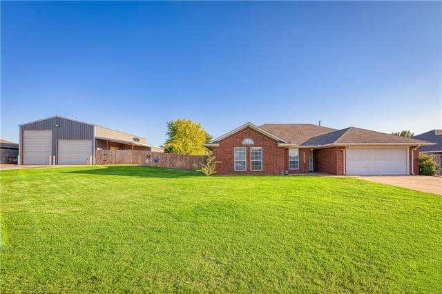132 Calhoon Street, Elk City, OK 73644 (MLS #927115) :: Keri Gray Homes