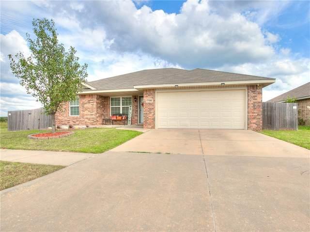 7700 Sunny Pointe Lane, Oklahoma City, OK 73135 (MLS #927119) :: Homestead & Co