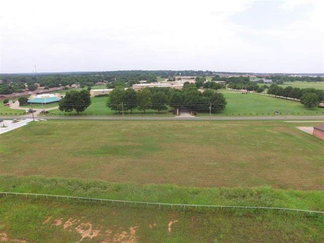 1305 S Sangre Road A, Stillwater, OK 74074 (MLS #927177) :: Homestead & Co