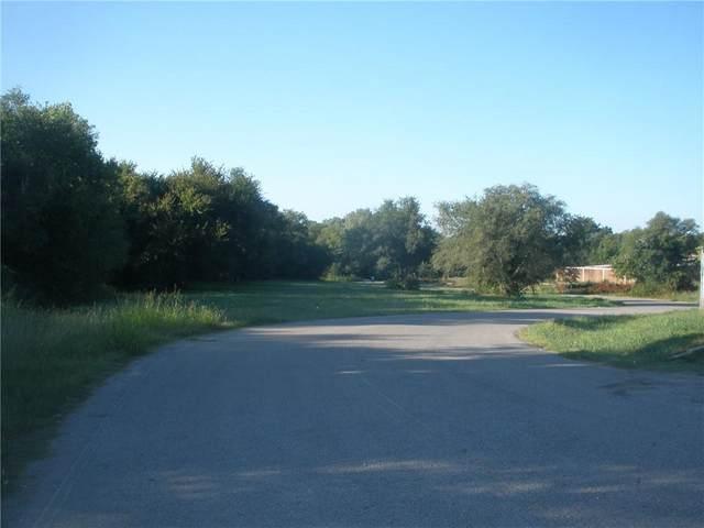 8 NE Farris Street, Oklahoma City, OK 73162 (MLS #927229) :: Erhardt Group at Keller Williams Mulinix OKC