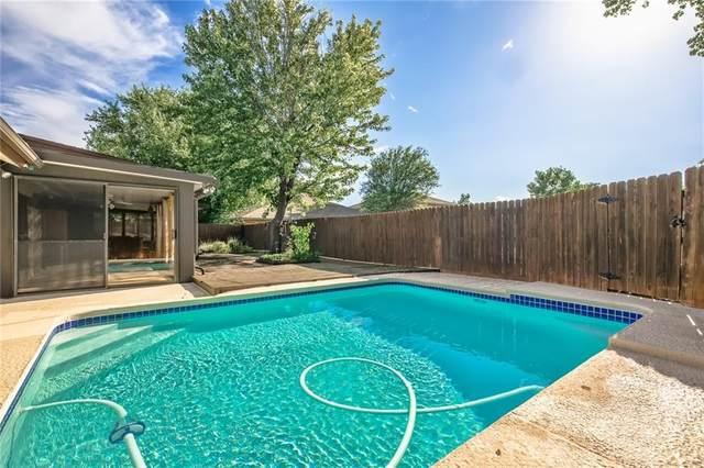 9501 N Briarcreek Drive, Oklahoma City, OK 73162 (MLS #927495) :: Keri Gray Homes