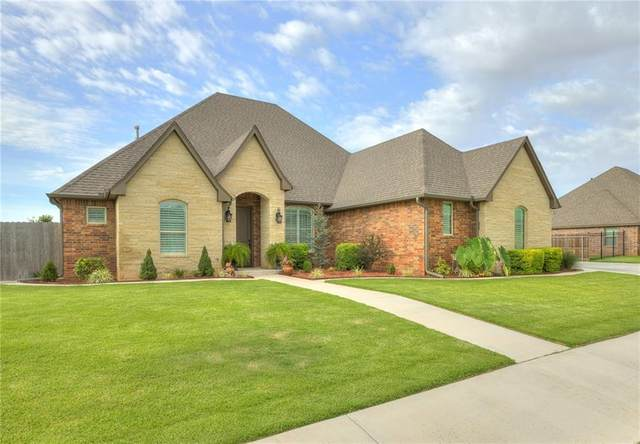 804 Cornerstone Avenue, Weatherford, OK 73096 (MLS #927639) :: Keri Gray Homes