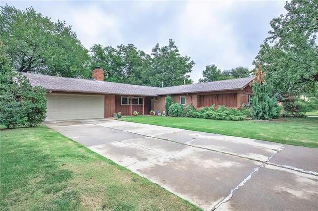 2251 NW 55th Street, Oklahoma City, OK 73112 (MLS #927945) :: Homestead & Co