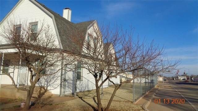 802 N Hudson Street, Altus, OK 73521 (MLS #928471) :: Homestead & Co