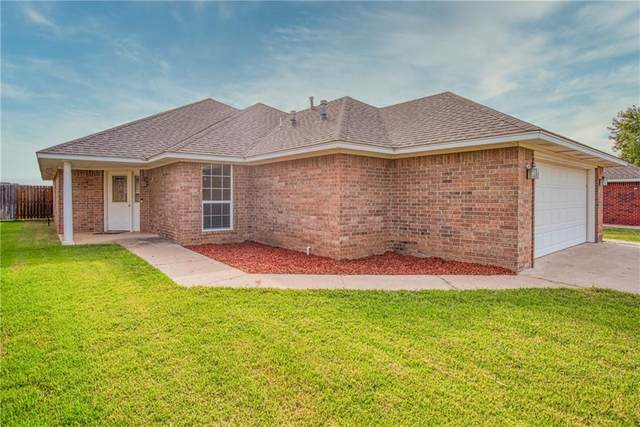 3216 Peacock Lane, Altus, OK 73521 (MLS #928507) :: Homestead & Co