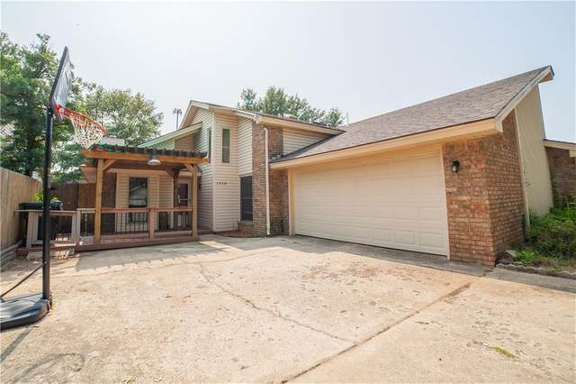 3708 River Oaks, Norman, OK 73072 (MLS #928545) :: Homestead & Co