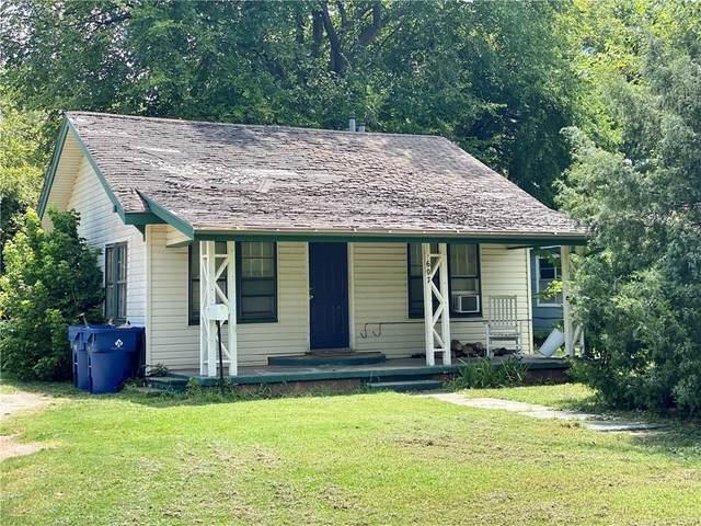 607 SW 6th Street, Lindsay, OK 73052 (MLS #928606) :: Homestead & Co