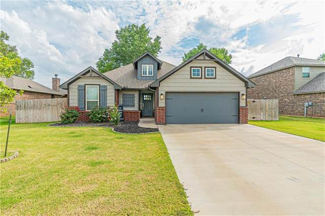 332 E Georgia Terrace, Mustang, OK 73064 (MLS #928676) :: The Oklahoma Real Estate Group