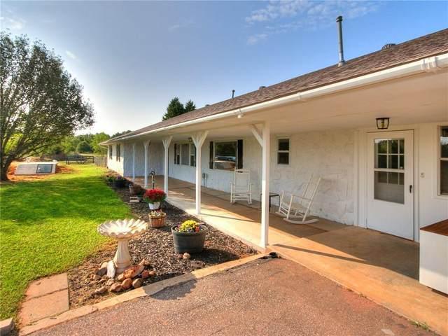 780 Pinewood Lane, Blanchard, OK 73010 (MLS #928733) :: Homestead & Co