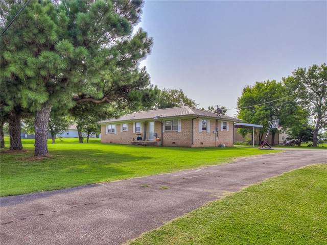33109 45th Street, Shawnee, OK 74804 (MLS #928867) :: Homestead & Co