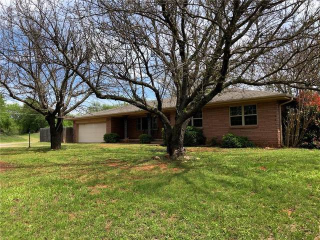 540 E Gracemont Street, Gracemont, OK 73042 (MLS #928871) :: ClearPoint Realty