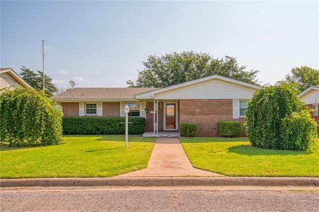 306 Spurlin Drive, Sayre, OK 73662 (MLS #928876) :: Homestead & Co