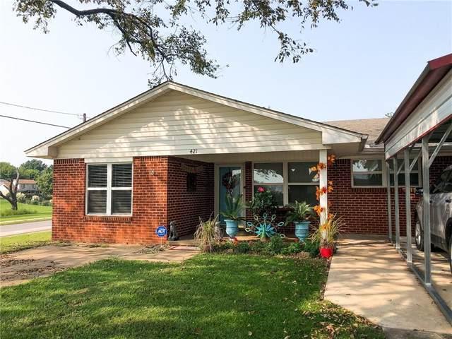 421 W Van Buren Street, Purcell, OK 73080 (MLS #928903) :: Keri Gray Homes