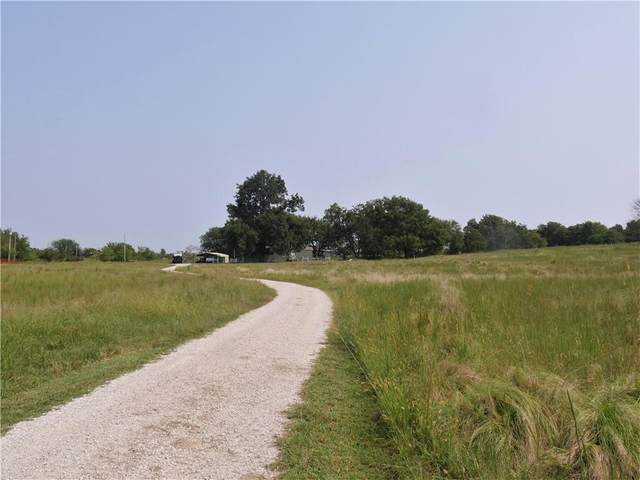 12235 N County Road 3260 Road, Pauls Valley, OK 73075 (MLS #928905) :: Homestead & Co