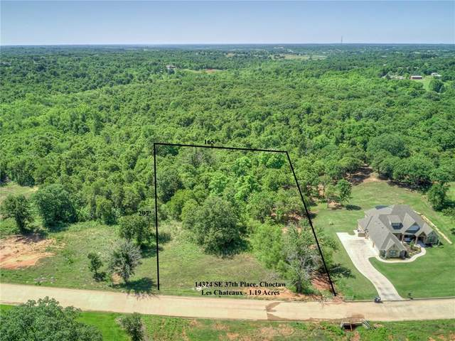 14324 SE 37th Place, Choctaw, OK 73020 (MLS #929016) :: Homestead & Co