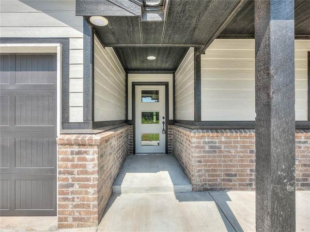 525 Remington Avenue, Jones, OK 73049 (MLS #929030) :: Erhardt Group at Keller Williams Mulinix OKC