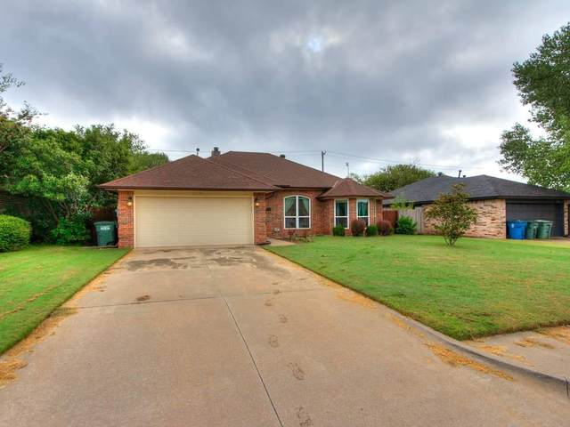 1712 Saint Christopher Drive, Edmond, OK 73003 (MLS #929177) :: Homestead & Co