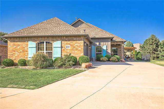 2009 Bridgeview Boulevard, Edmond, OK 73003 (MLS #929282) :: Homestead & Co