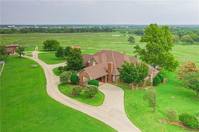 1701 W Royal Oaks Road, Pauls Valley, OK 73075 (MLS #929322) :: Homestead & Co
