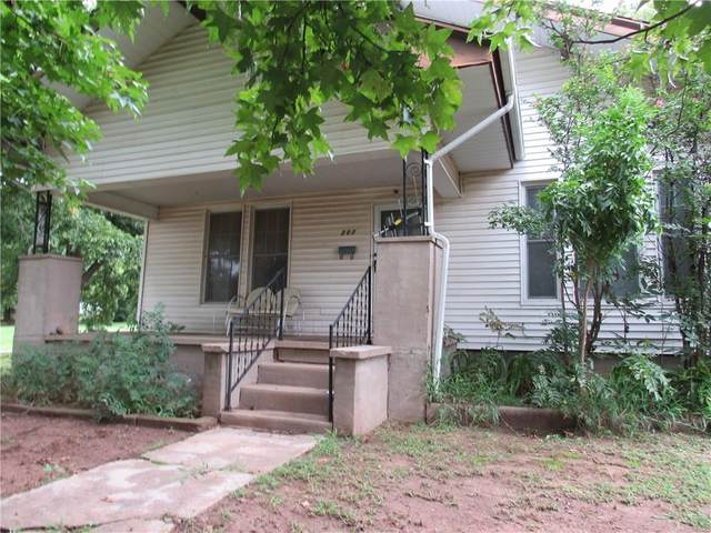 207 N Powell Street, Wynnewood, OK 73098 (MLS #929596) :: Erhardt Group at Keller Williams Mulinix OKC