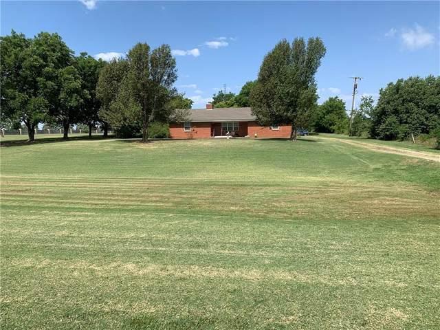 9801 N Lincoln Boulevard, Oklahoma City, OK 73114 (MLS #929700) :: Erhardt Group at Keller Williams Mulinix OKC