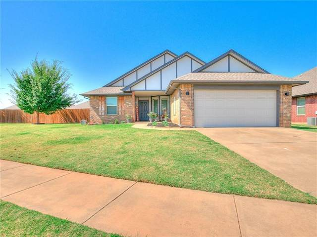 17525 Red Tailed Hawk Way, Edmond, OK 73012 (MLS #929779) :: The Oklahoma Real Estate Group