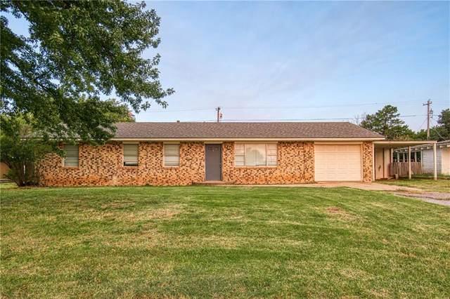 511 S Oak, Erick, OK 73645 (MLS #929894) :: Homestead & Co
