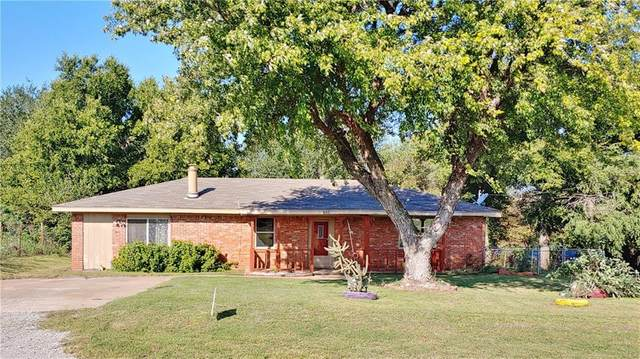 602 N High Street, Ninnekah, OK 73018 (MLS #930005) :: Homestead & Co