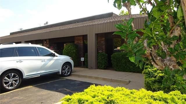 11900 N Pennsylvania Avenue A10, Oklahoma City, OK 73120 (MLS #930046) :: Keri Gray Homes