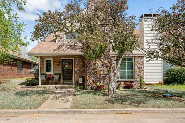 108 Village Oaks Drive, Midwest City, OK 73130 (MLS #931005) :: Homestead & Co