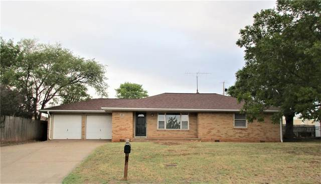 401 E Arlington Avenue, Weatherford, OK 73096 (MLS #931167) :: ClearPoint Realty