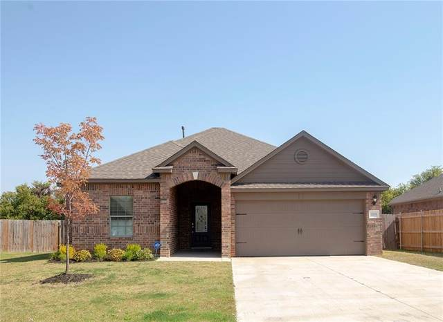 3308 Grace Lake Court, Yukon, OK 73099 (MLS #931497) :: ClearPoint Realty