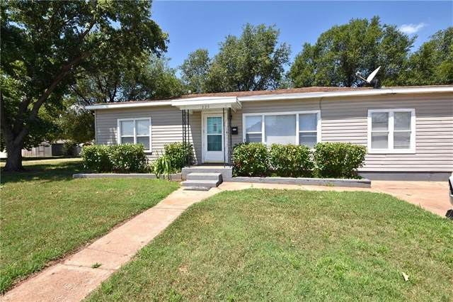 223 S 17th Street, Guthrie, OK 73044 (MLS #931542) :: ClearPoint Realty