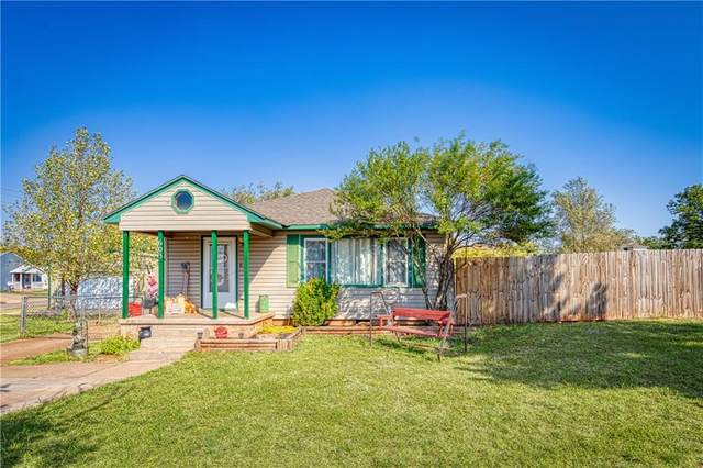 603 E 3rd Street, Elk City, OK 73644 (MLS #931722) :: Homestead & Co
