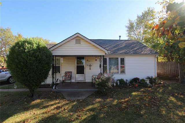 132 SE 1st Street, Moore, OK 73160 (MLS #931895) :: Homestead & Co