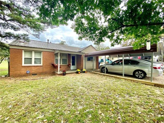 120 S Cottonwood, Stratford, OK 74872 (MLS #932231) :: Homestead & Co