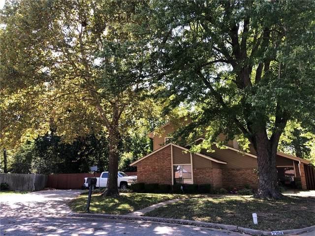 2302 NE 9th Street, Lawton, OK 73507 (MLS #932310) :: Homestead & Co