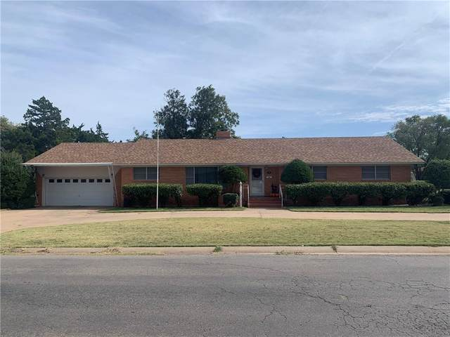 502 Navajoe Road, Altus, OK 73521 (MLS #932589) :: Homestead & Co