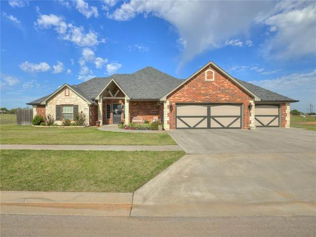 3501 Hogan Drive, Weatherford, OK 73096 (MLS #932654) :: Homestead & Co