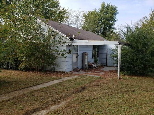 1716 W Strothers Avenue, Seminole, OK 74868 (MLS #932719) :: Homestead & Co