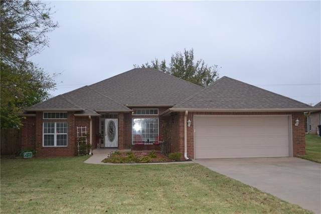 2206 Dukes Realm, Shawnee, OK 74804 (MLS #932727) :: Homestead & Co