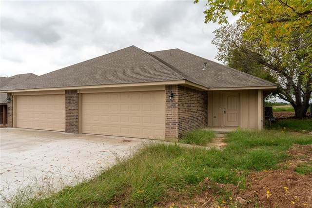 1304 E Cavanaugh Street, El Reno, OK 73036 (MLS #932845) :: Keri Gray Homes