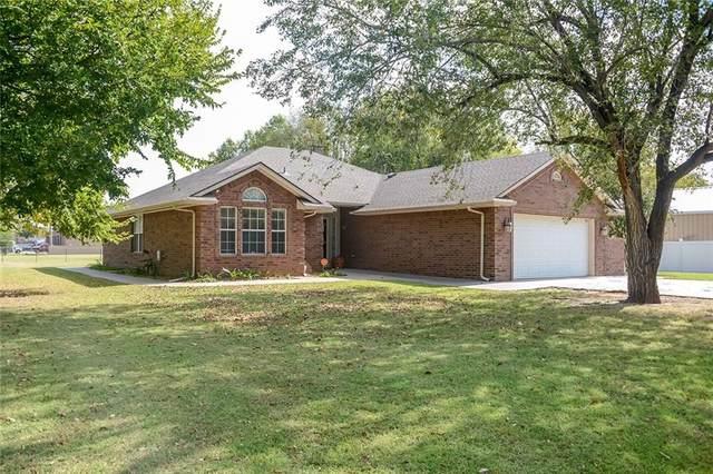 4108 Thomas Drive, Del City, OK 73115 (MLS #932849) :: Keri Gray Homes