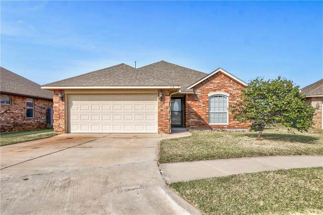 10709 SW 31st Court, Yukon, OK 73099 (MLS #932923) :: Keri Gray Homes